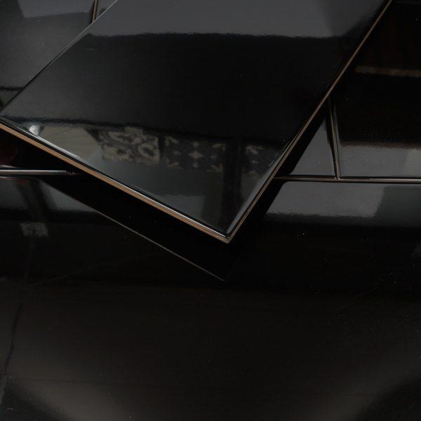 Kakel Glossy Black 30X60
